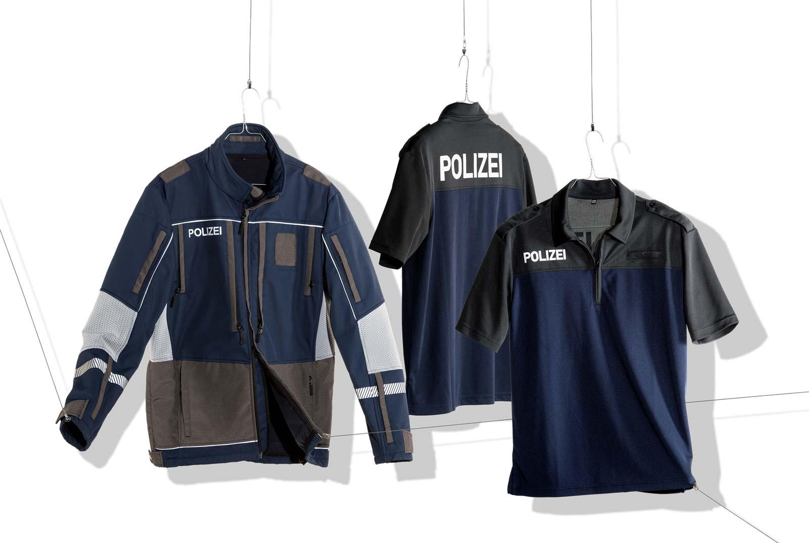 Polizeijacke, Poloshirt und Hemd